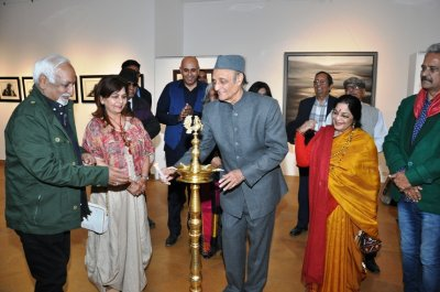 Veteran artist Vinod Sharma showcasing Mindscape by Creativity Art Gallery