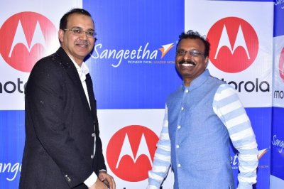 Motorola partners with Sangeetha Mobiles to bring the Moto Hub experience to 7 states in India